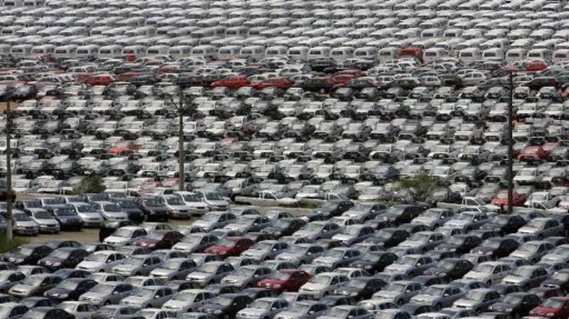 Comprar carro e locadora vale a pena?
